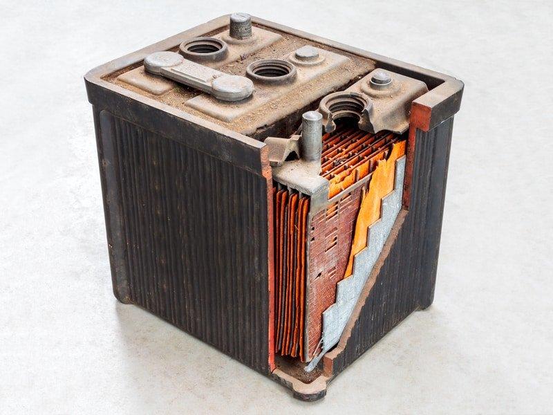 Car-Battery-Cells-open