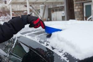 Car Ice Shovel Scraping
