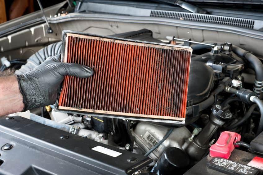 Car-maintenance-air-filter-inspection