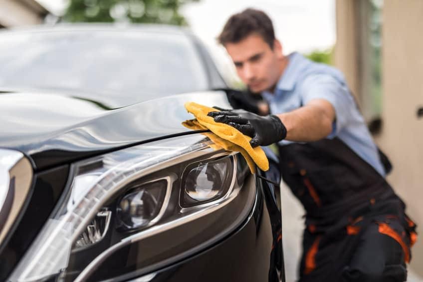 Car hand polish with microfiber towel