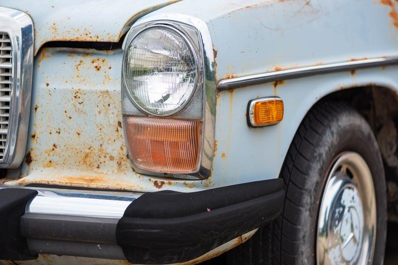 Mercedes W114 Rust