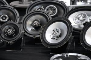 Car audio speakers with built-in swiveling tweeters