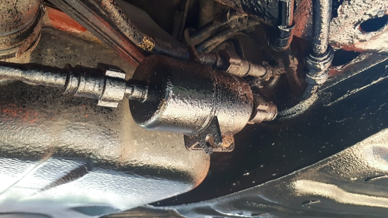 Car fuel lines running under the vehicle